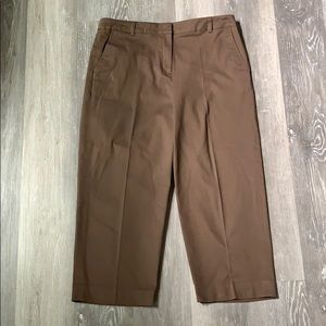 Kim Rogers . Brown Capri Pants . 14
